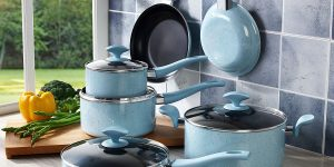 Top 10 Best Non-stick Cookware Sets in 2017