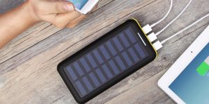 Top 10 Best Solar Power Banks in 2019 – Buyer's Guide