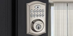 Top 10 Best Keypad Door Locks in 2020 – Top Brands + Reviews