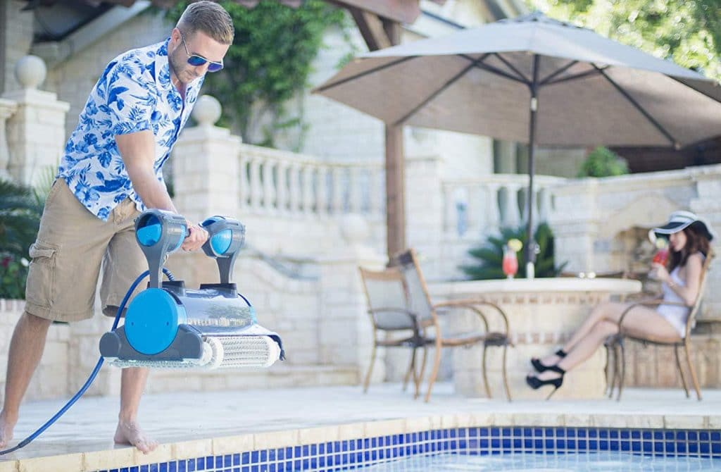 Robotic Pool Cleaner-2-hqreview.com