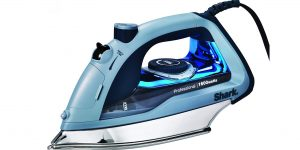 Top 10 Best Steam Irons in 2021 – Reviews & Buying Guides