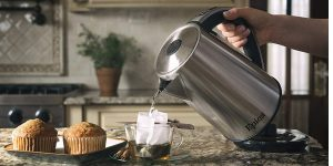 Top 10 Best Stainless Steel Electric Kettles in 2021 – Reviews