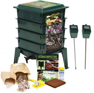 The Squirm Firm- Factory Worm 360 Composting Bin Farm Kit (Green)