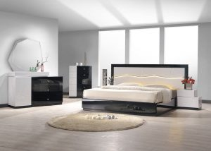 Top 10 Best King Size Bedroom Sets in 2019 - Reviews - HQReview