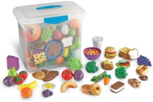 Learning Resources New Sprouts Classroom, 100 Pieces Play Food Set